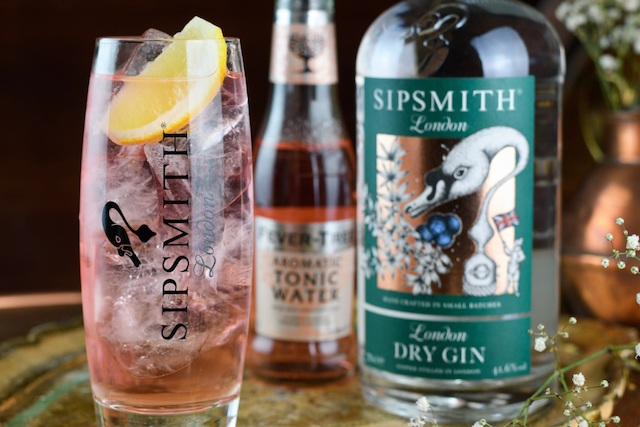 Pink Gin | Easy Gin Cocktails