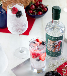 Perfect G&T garnishes