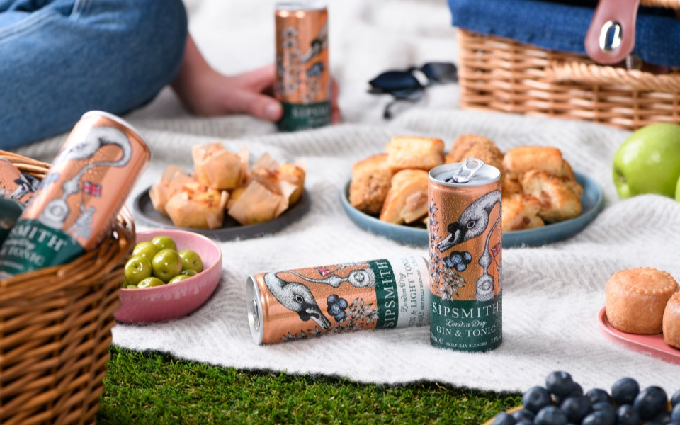 sipsmith gin and tonic cans picnic